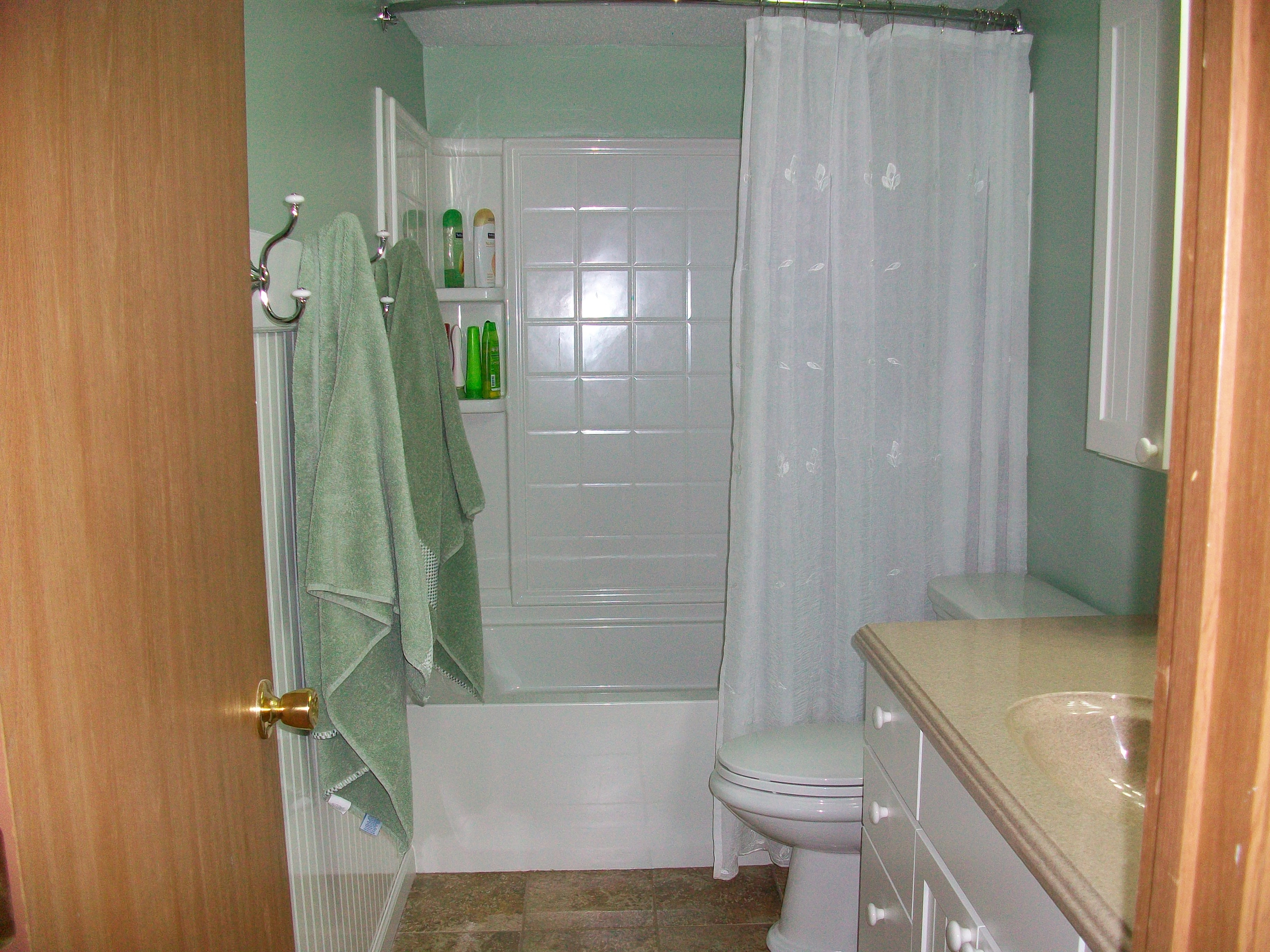 Diy bathroom renovation usa plumbing for Plumbers bathroom renovations